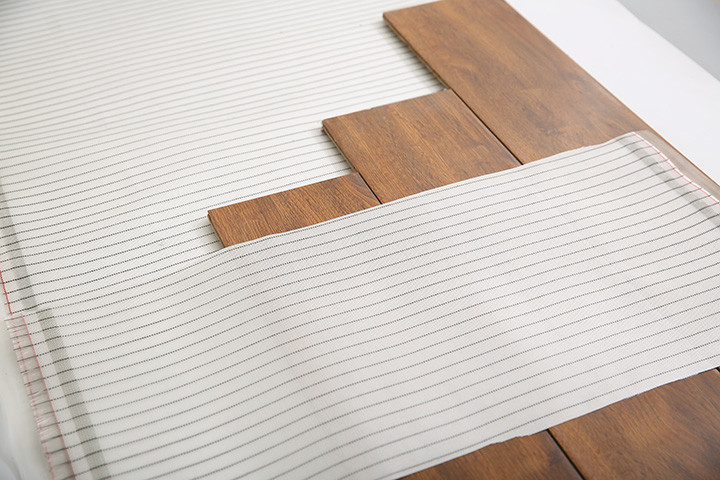 Low Energy Consumption Infrared Floor Heating Film 220W For House Floor Ceiling